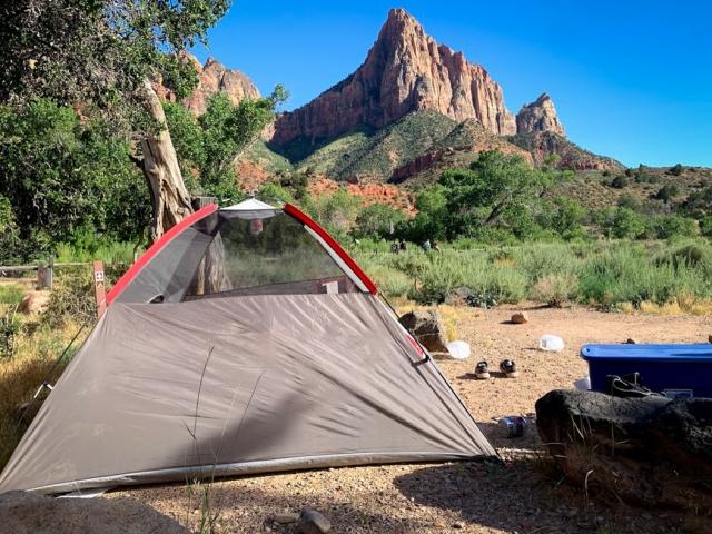 ソロキャンプ用のテントの選び方