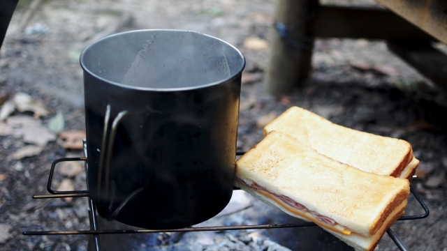 簡単で美味しい朝食の作り方|キャンプ場の基礎知識