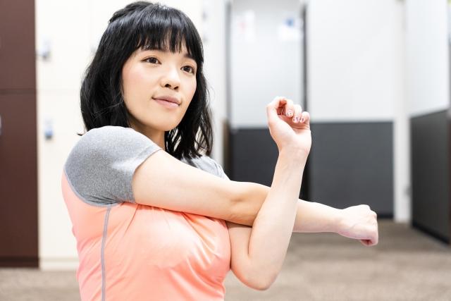 腕や膝の可動域の広げ方   フィギュアスケートが上達する練習方法
