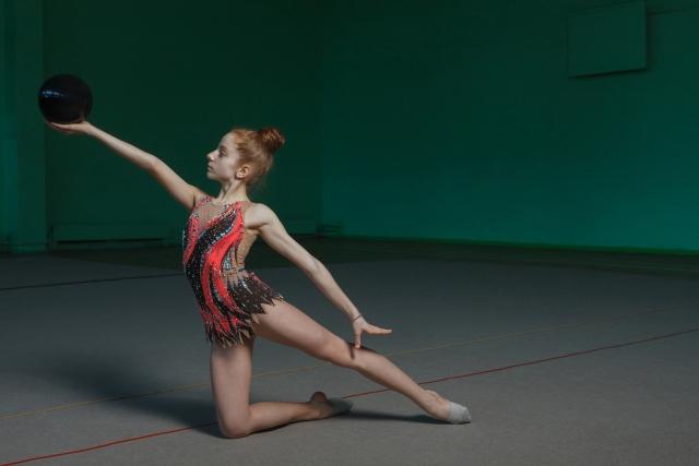新体操のもぐりが上達する練習方法