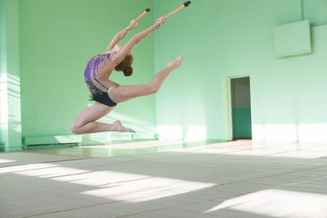カバエバジャンプのやり方   新体操が上達する方法