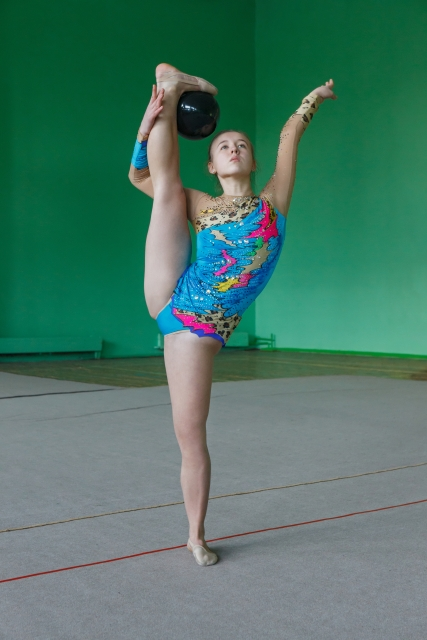 支持なし前バランスのやり方   新体操が上達する方法