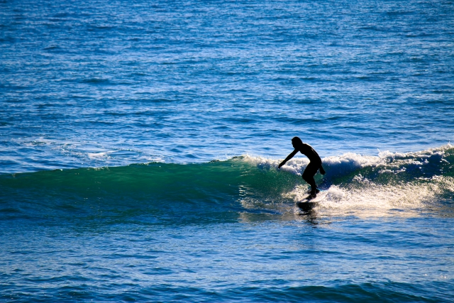 ショートボードのボトムターンのやり方とコツ | 趣味のサーフィン