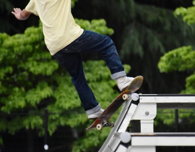 バックサイドターンのやり方 スケートボードの乗り方